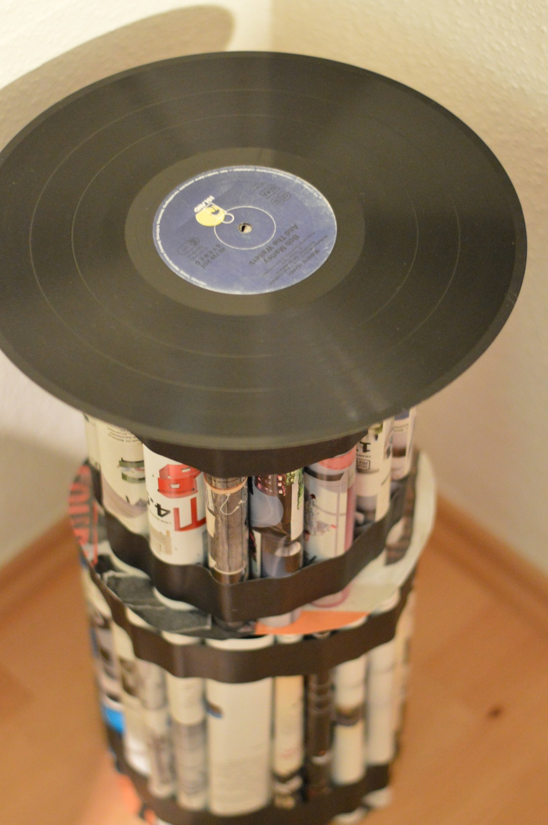 Upcycling Table Tisch Magazine Record Schallplatte