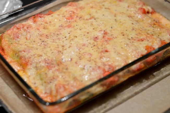"""Überbackene Cannelloni mit einer """"Ricotta""""- und Spinatfüllung (ohne Tofu)"""