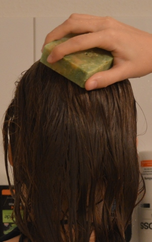 Wie benutzt man Haarseife?