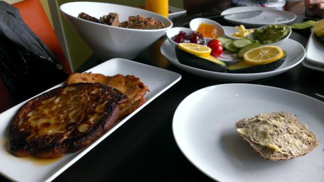 Veganes Frühstück im Lövenzahn Mannheim